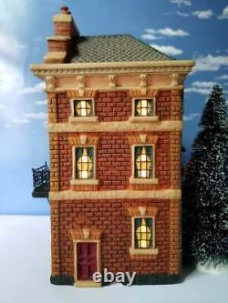 DEPT 56 Literary Classics SHERLOCK HOLMES 221B BAKER STREET! Dickens, London