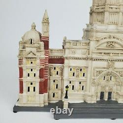 Department 56 Dickens Village Victoria and Albert Museum 0716 of 9,000 AS IS