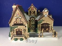 Dept 56 Dickens Village CARTWRIGHT COACH BUILDERS Set of 2 56.58759 New & RARE