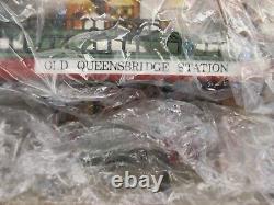 Dept 56 Dickens Village Old Queensbridge Station #56 58443 Retired