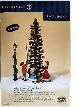 Dept 56 Dickens Village VILLAGE SQUARE TOWN TREE 58644 DEALER STOCK-NEW IN BOX