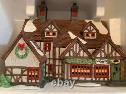 Dept 56 Lot Of 4 Dickens Village 2 Buildings 2 Accessories See Below For Info