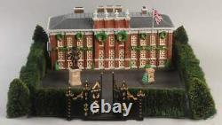 Dickens Village Kensington Palace NIB Never Displayed Dept 56 #5830-9 1998