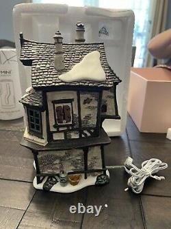 Dickens Village Series Ebenezer Scrooges house department 56 animated building